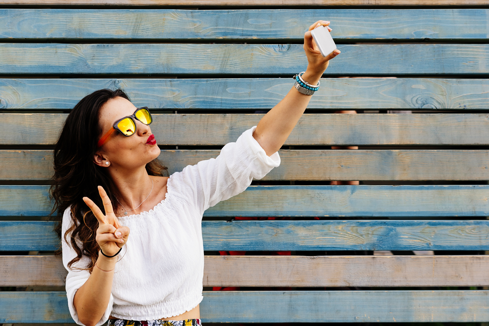 How to encourage customers to contribute user generated content