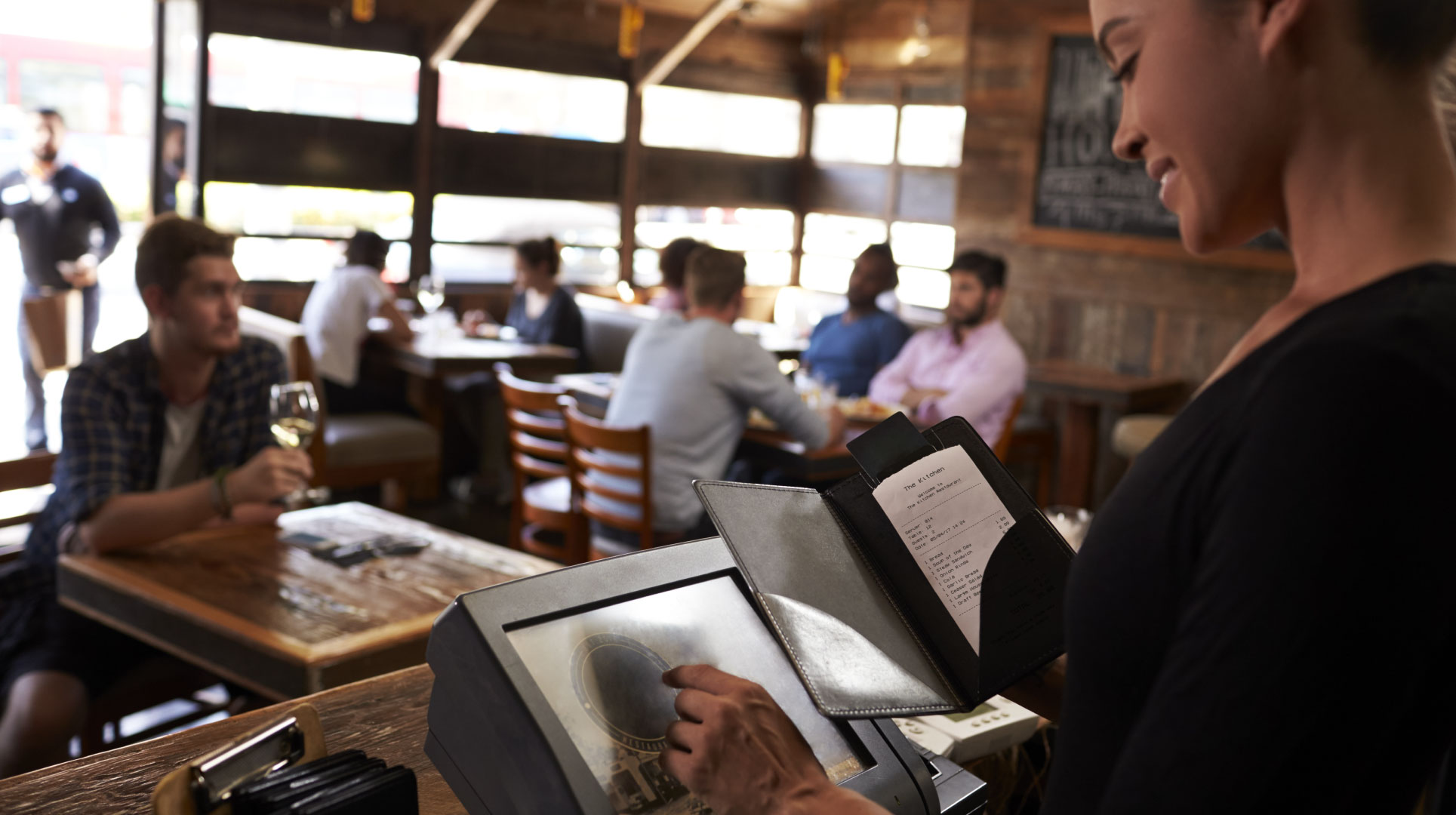 Restaurant Loyalty: Turn Guests into Fans